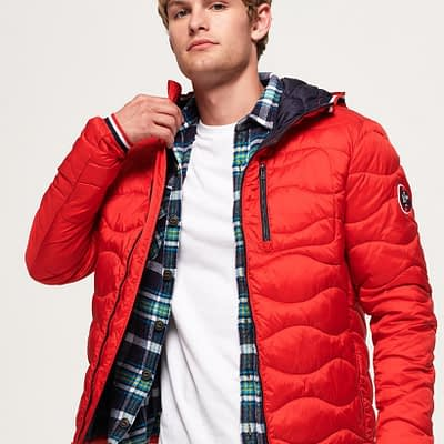 LBASUP23_SUPERDRY_Men's_Wave_Quilt_Jacket_Red_Main